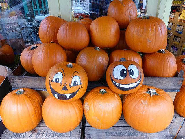 Ways to Volunteer for a Halloween Treat - Postconsumers